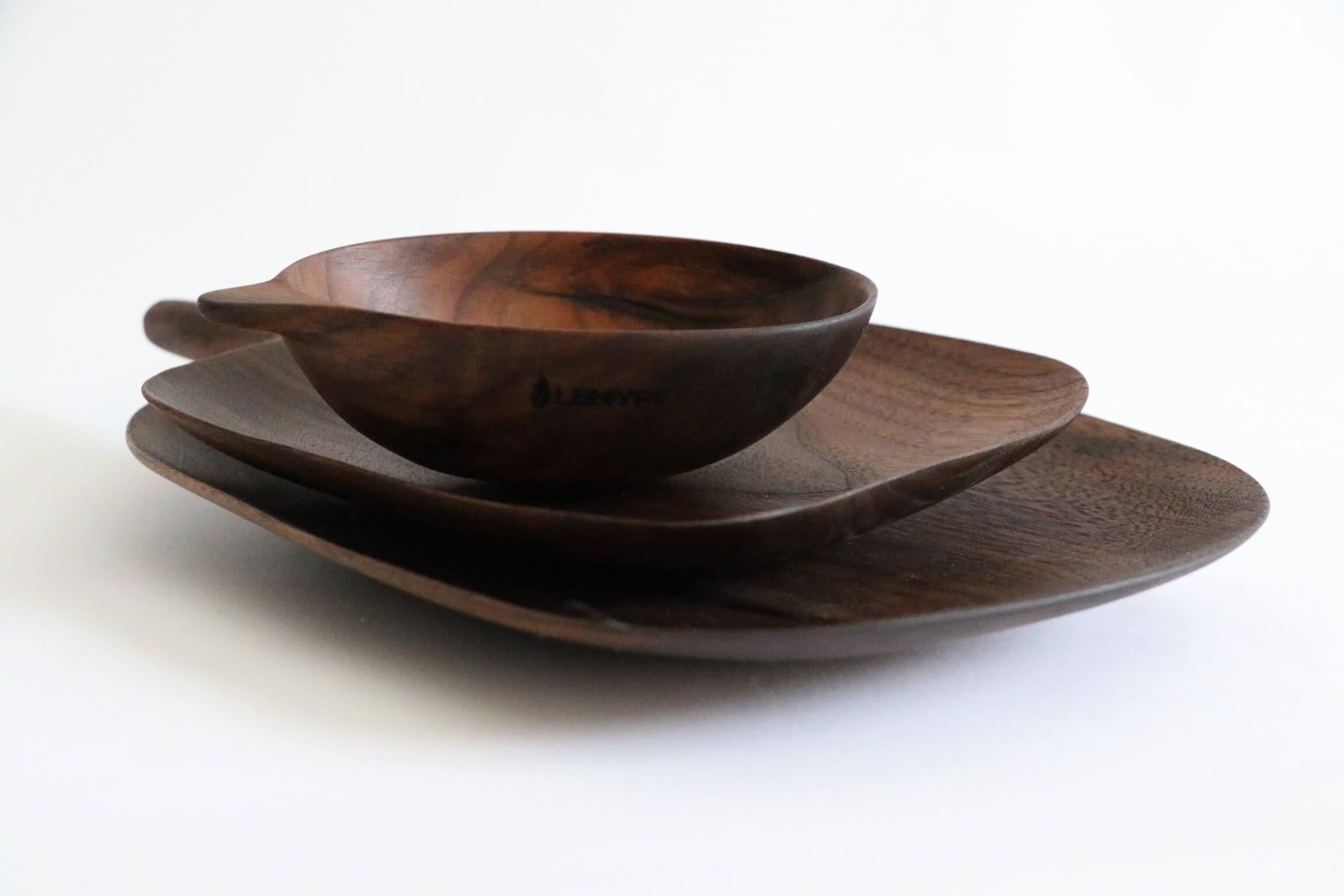 Service de plateaux cuisine en bois par Guy Lemyre, ébéniste à Montréal.