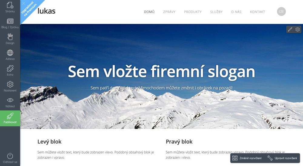 Editor nástroje Mozello, ve kterém je otevřena modrobílá šablona pro firemní stránky s motivem hor. Prvky editoru jsou vlevo.