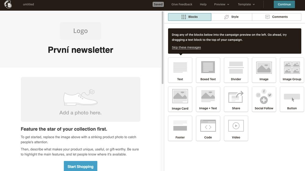 Editor nástroje Mailchimp. Do newsletteru je možné přidat logo, text, obrázky a další prvky.