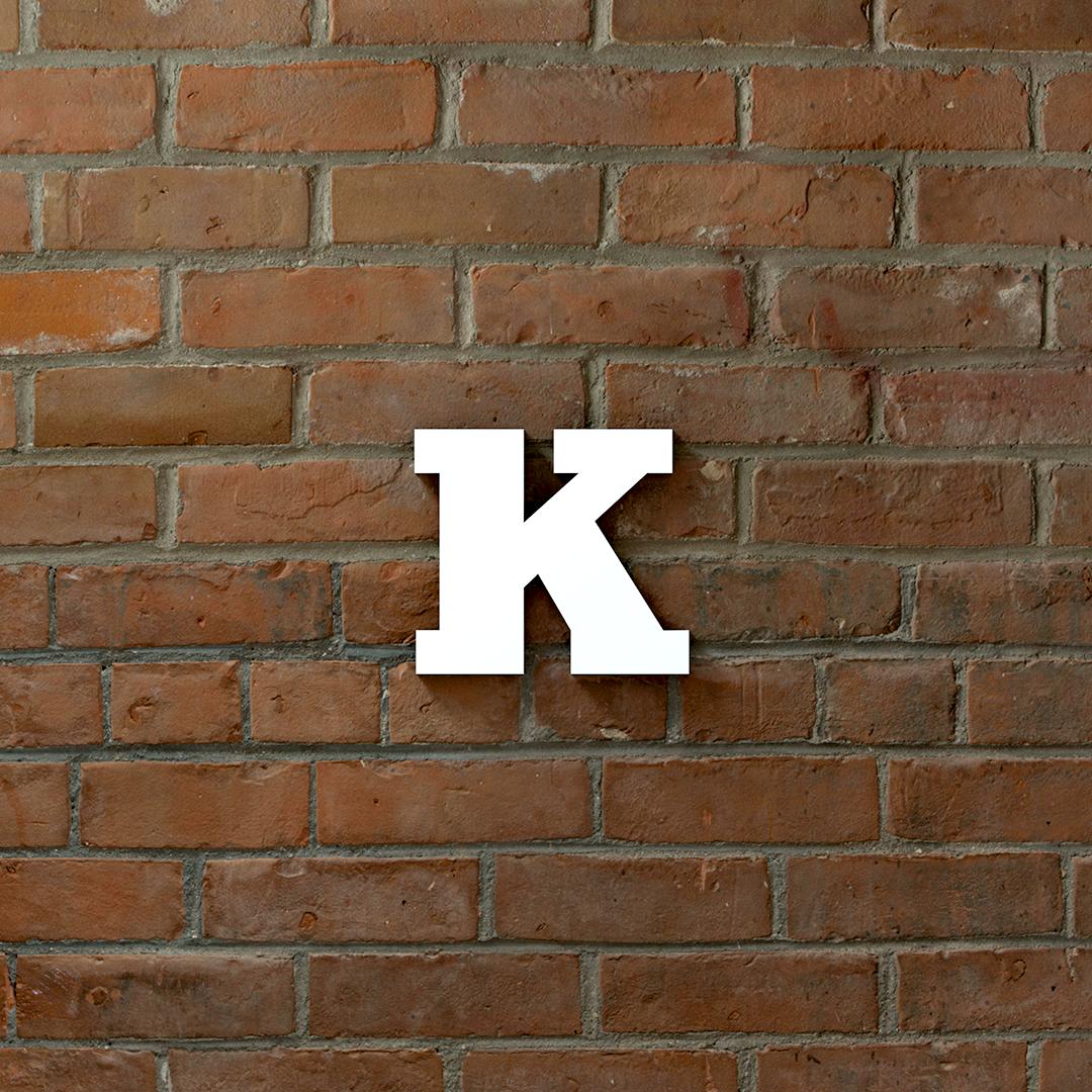 Kaiso Daiso (AKA Brick walls make everything look better)