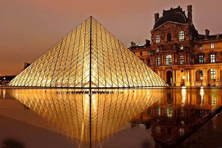 debt collection agency located in France