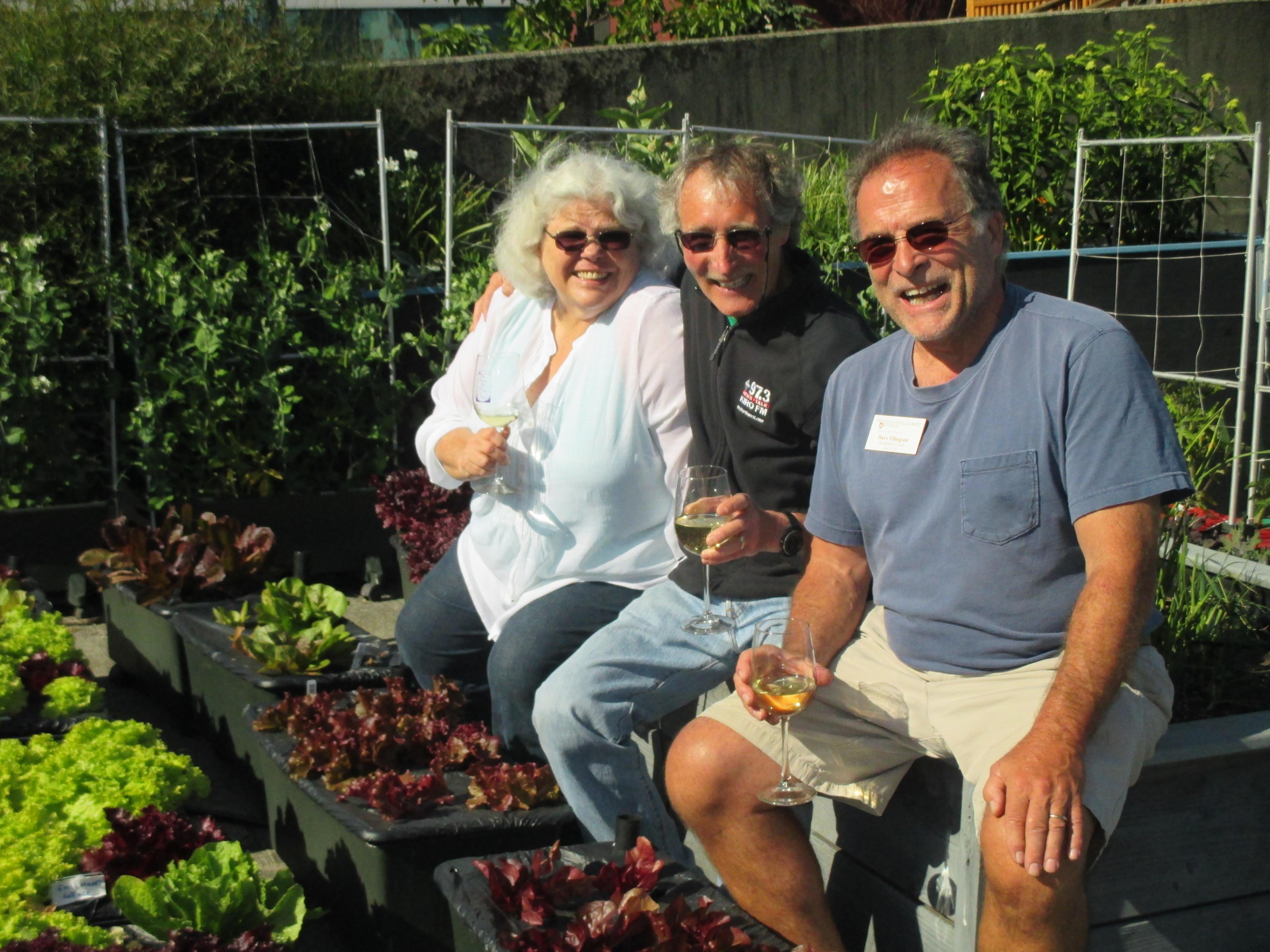 Ciscoe Morris with Dave Ellingson and Sue Hougoum