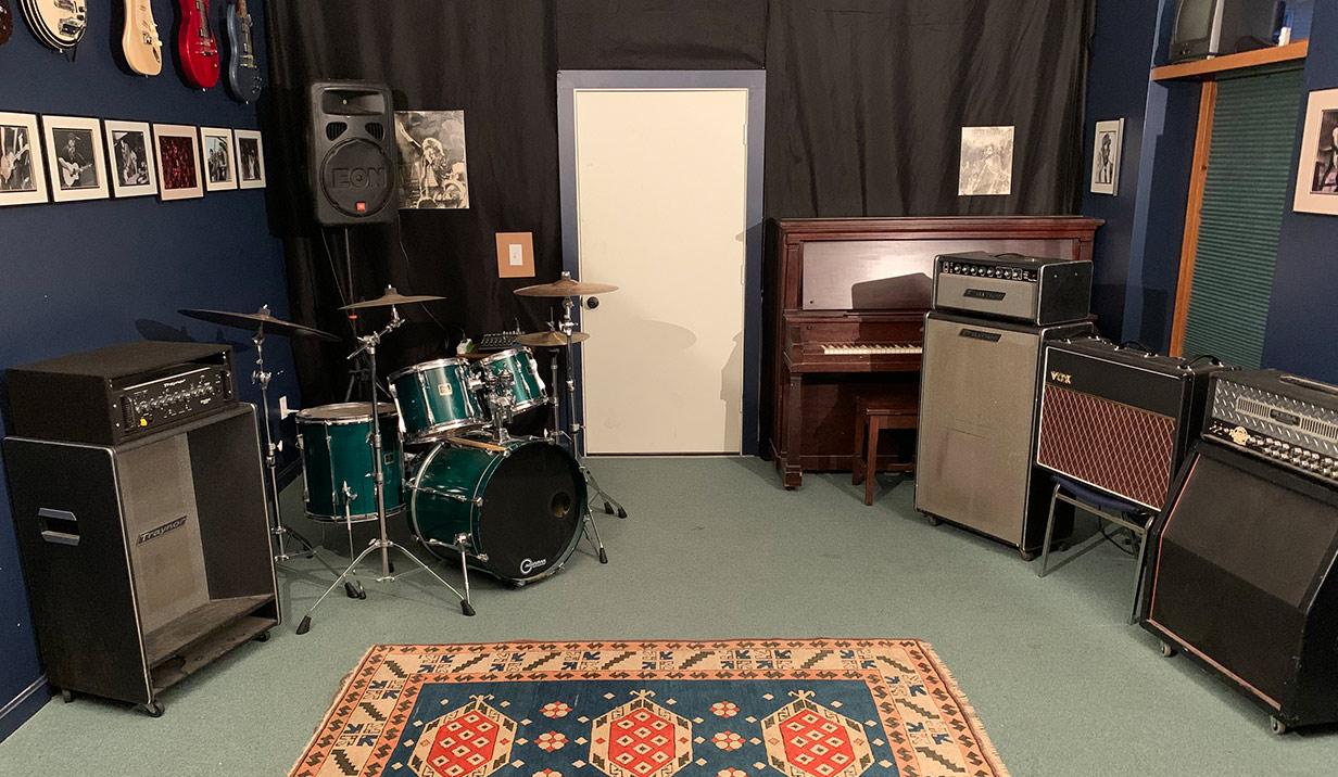 8 piece practice room