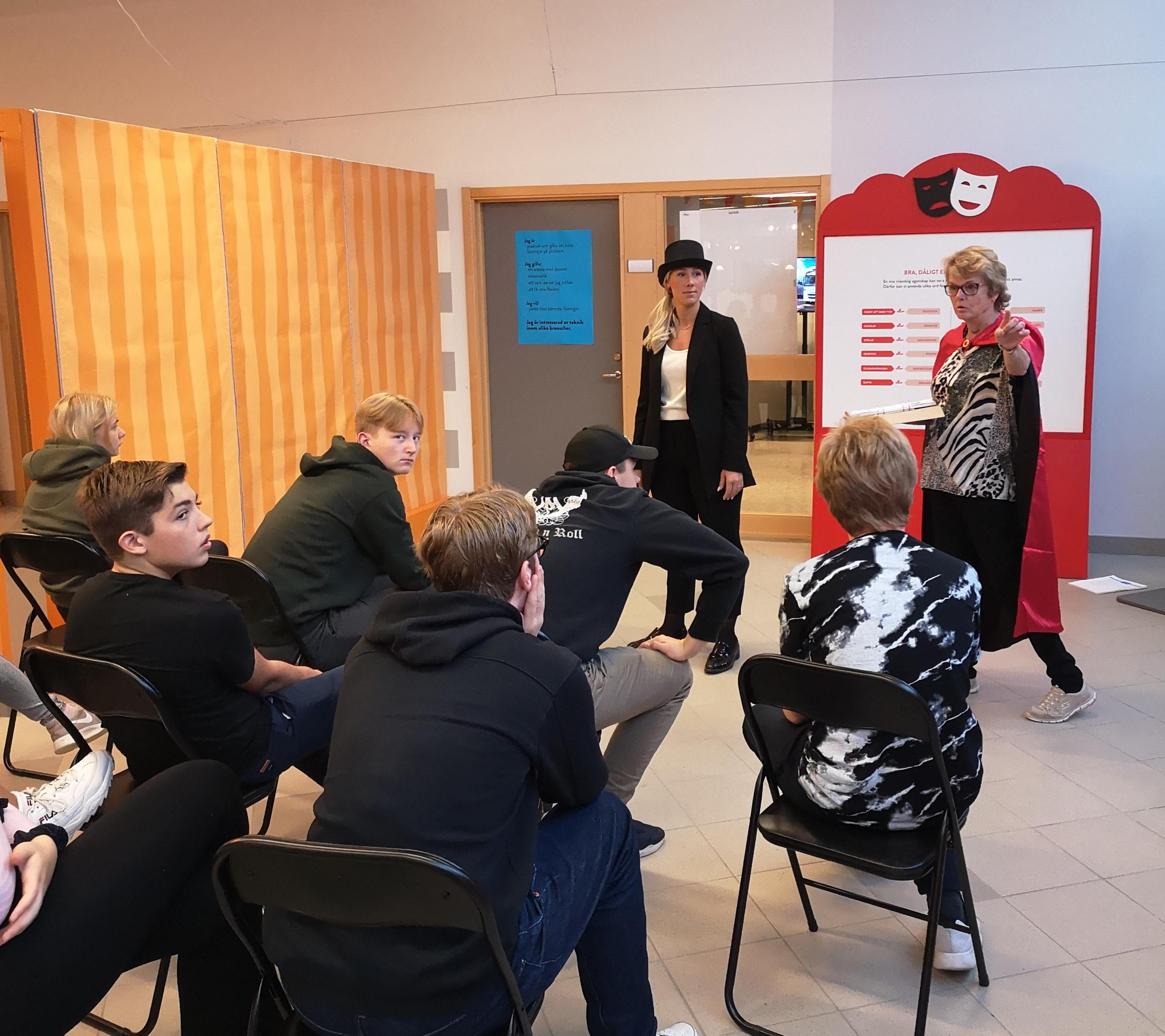 Jobbcirkus inspirerar eleverna inför framtiden