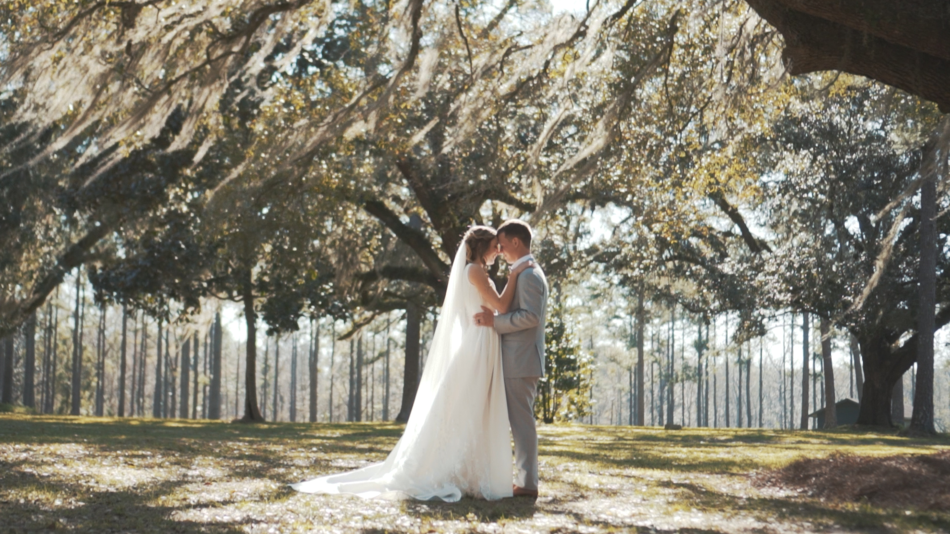Bride and groom can't stop smiling after tropical wedding ceremony!