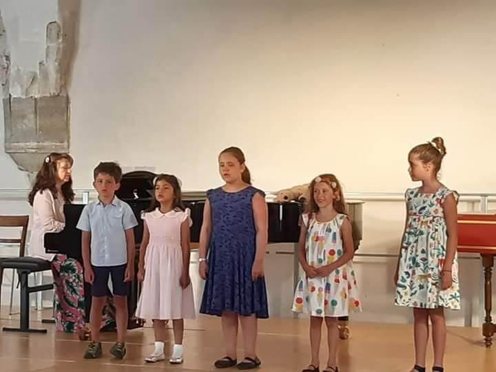 Kinderchor der SAL unter der Leitung von Lilia Khomenko