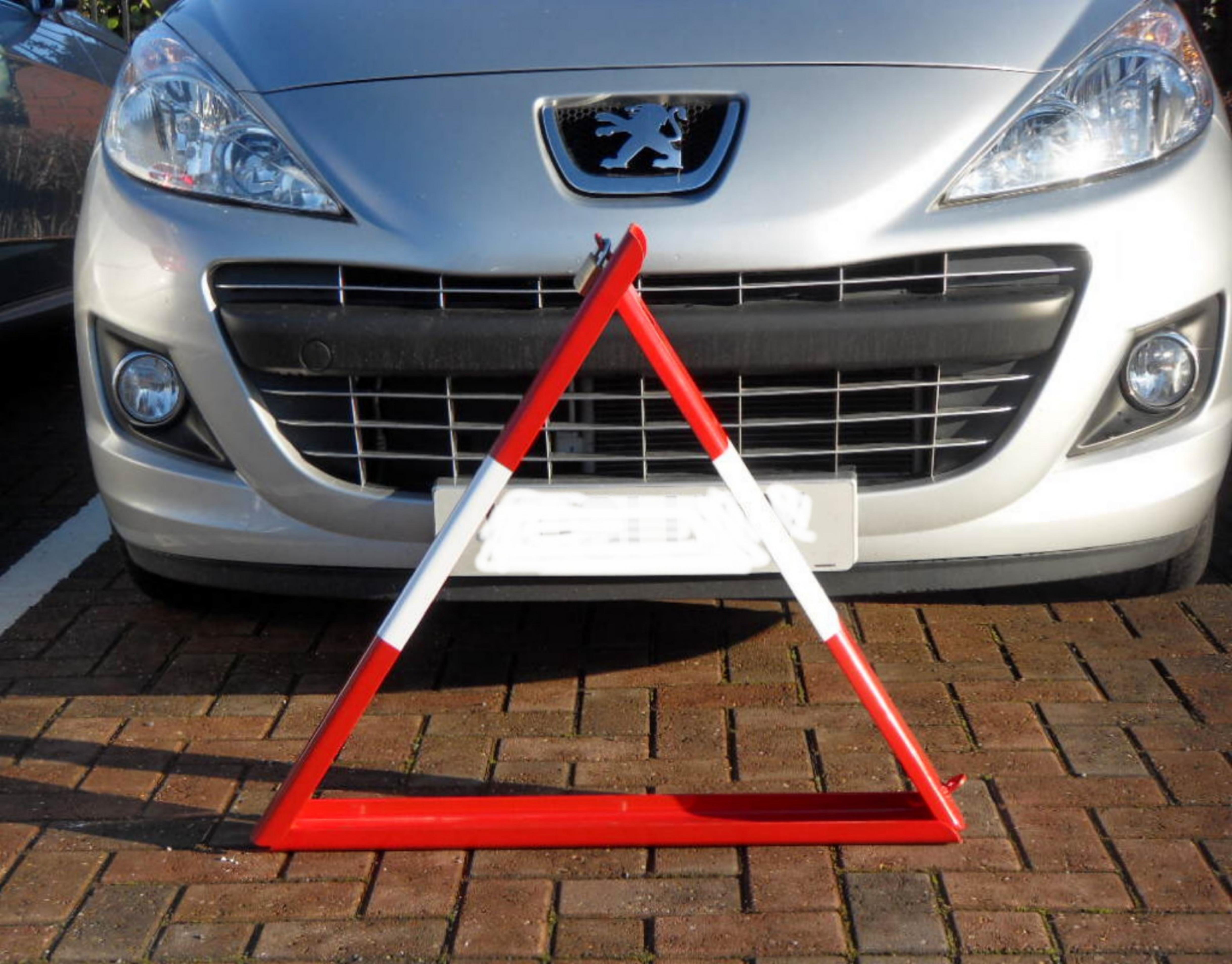 Triangle Folding Barrier