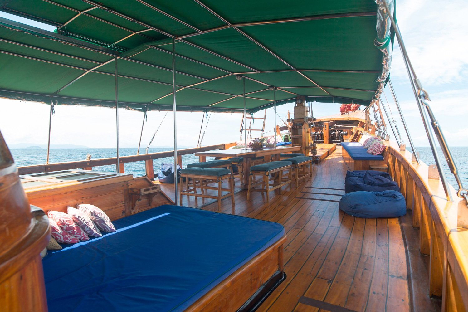 The living area on the main deck of Tiger Blue