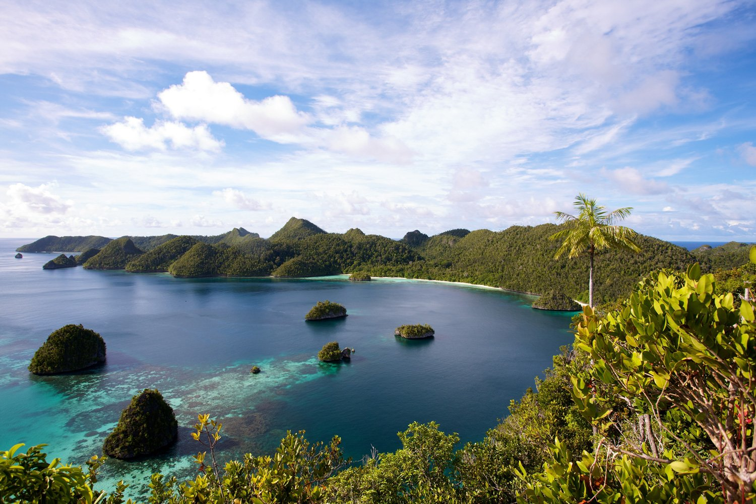 Spectacular landscapes in Raja Ampat