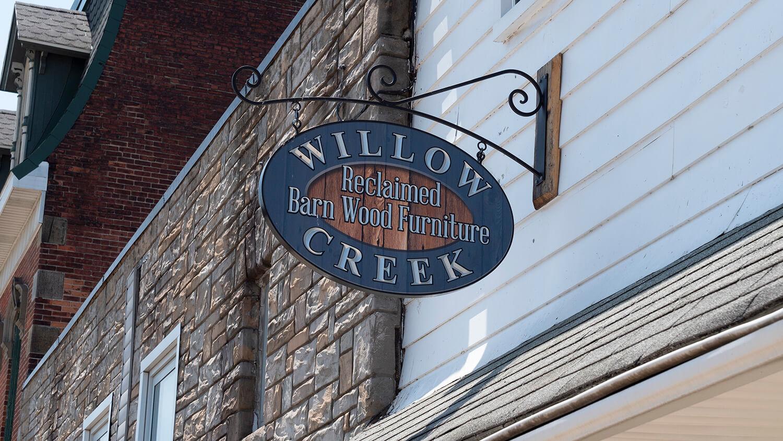 Willow Creek Reclaimed Barn Wood Furniture