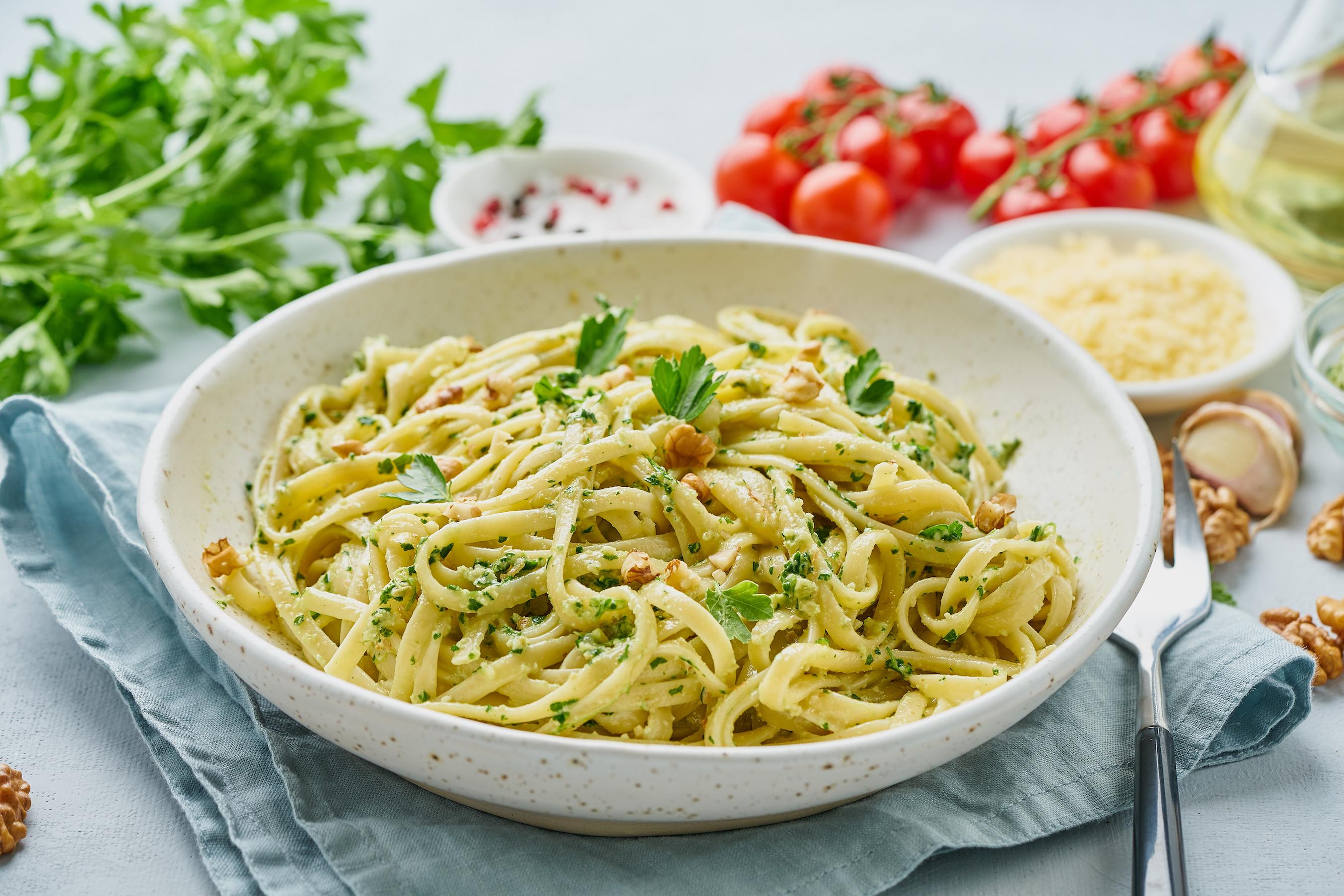 Pesto and Walnut Linguine