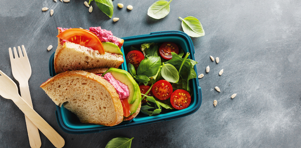 Beetroot hummus and avocado sandwich lunchbox
