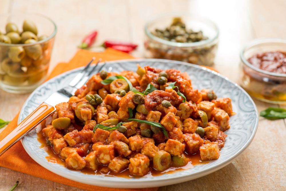 Tomato, caper and olive tempeh