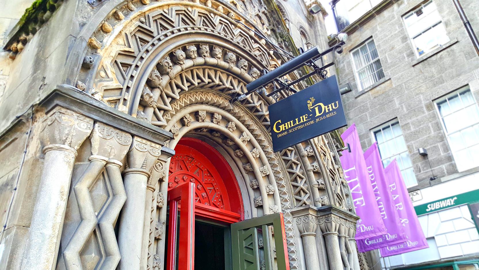Ghillie Du in Edinburgh