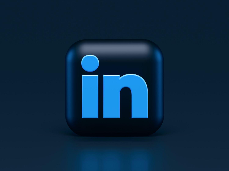 10 Best LinkedIn Email Finders for Sales