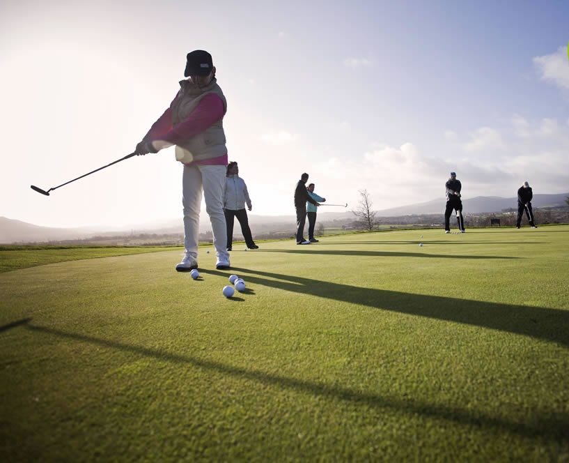 DLR tourism things to do: golfing