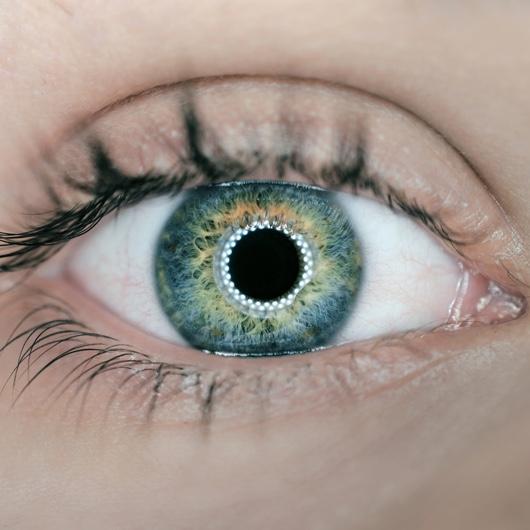 Green eye image
