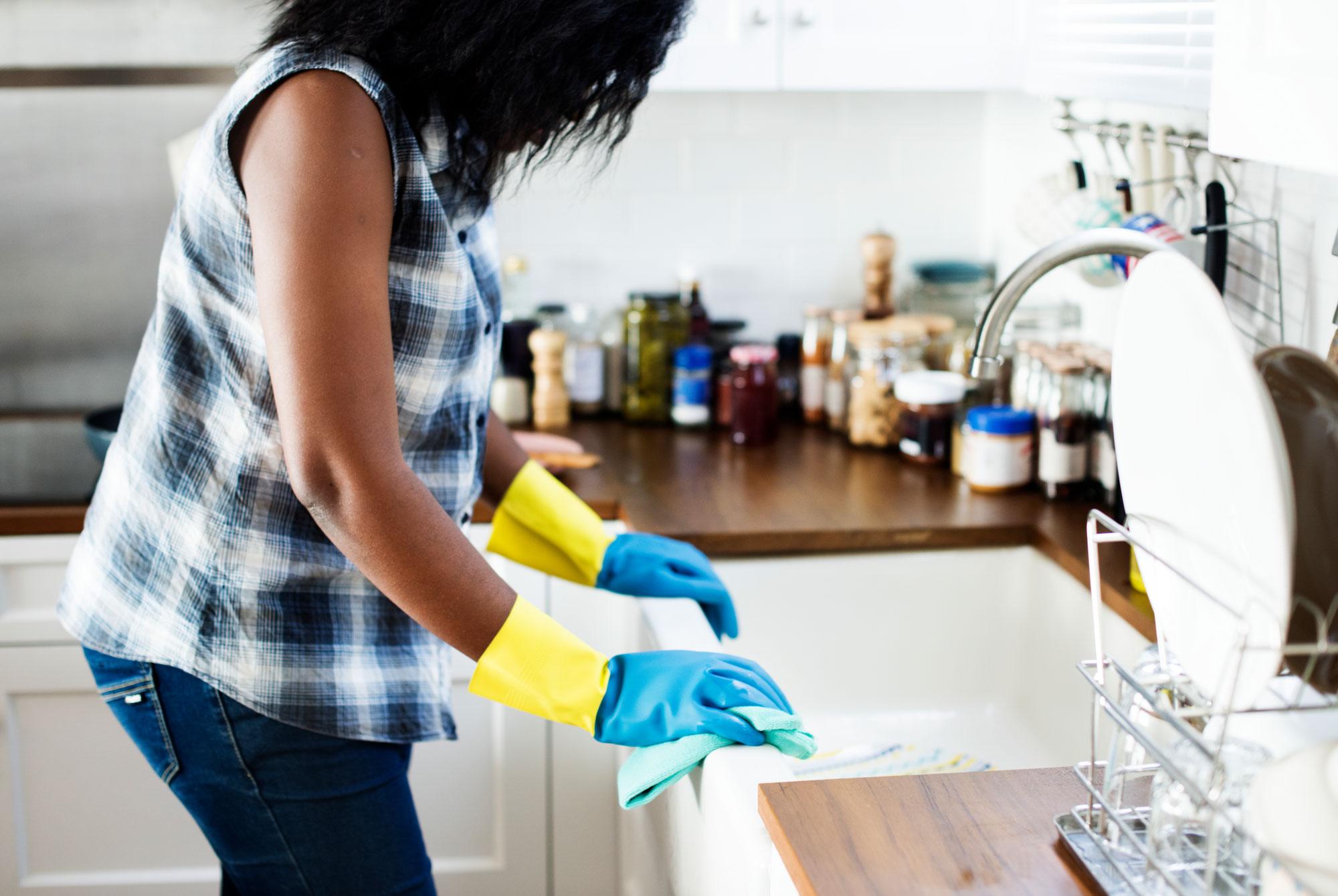 Les 4 choses à savoir avant de choisir votre femme de ménage