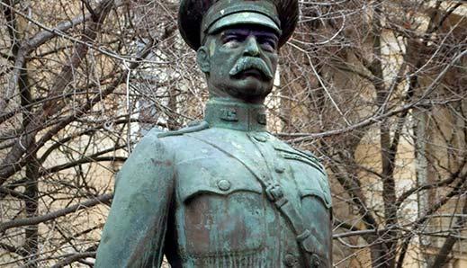 Harry Hill Bandholtz amerikai tábornok egy nemzetközi misszió tagjaként érkezett a megszállt Magyarországra, hogy megelőzze a további rekvirálásokat, és a lakosság vegzálását.