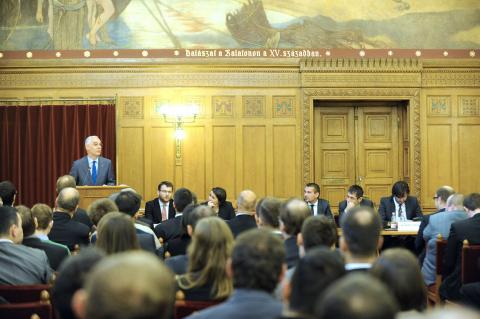 A Magyar Ifjúsági Konferencia 27. rendes ülése Visegrád, 2014. december 13.