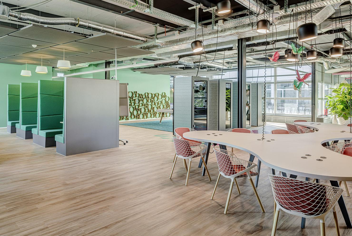 phonebooth, ruhezone, community space, work telefonieren business startup spreitenbach limmat