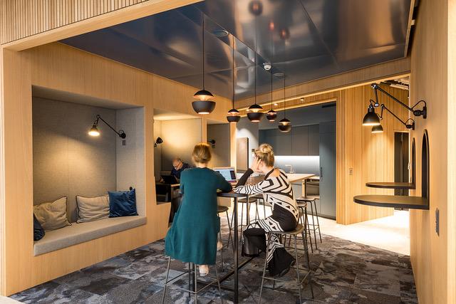 Lounge im Coworking Lounge Tessinerplatz, Bahnhof Enge, Arbeitsplatz mieten, Zürich