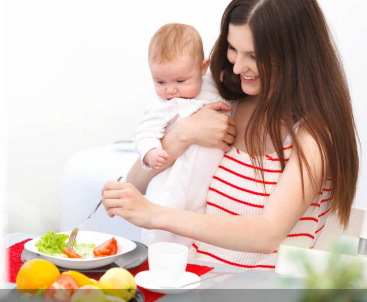 Mẹ cho con bú nên ăn nhiều trái cây, rau củ