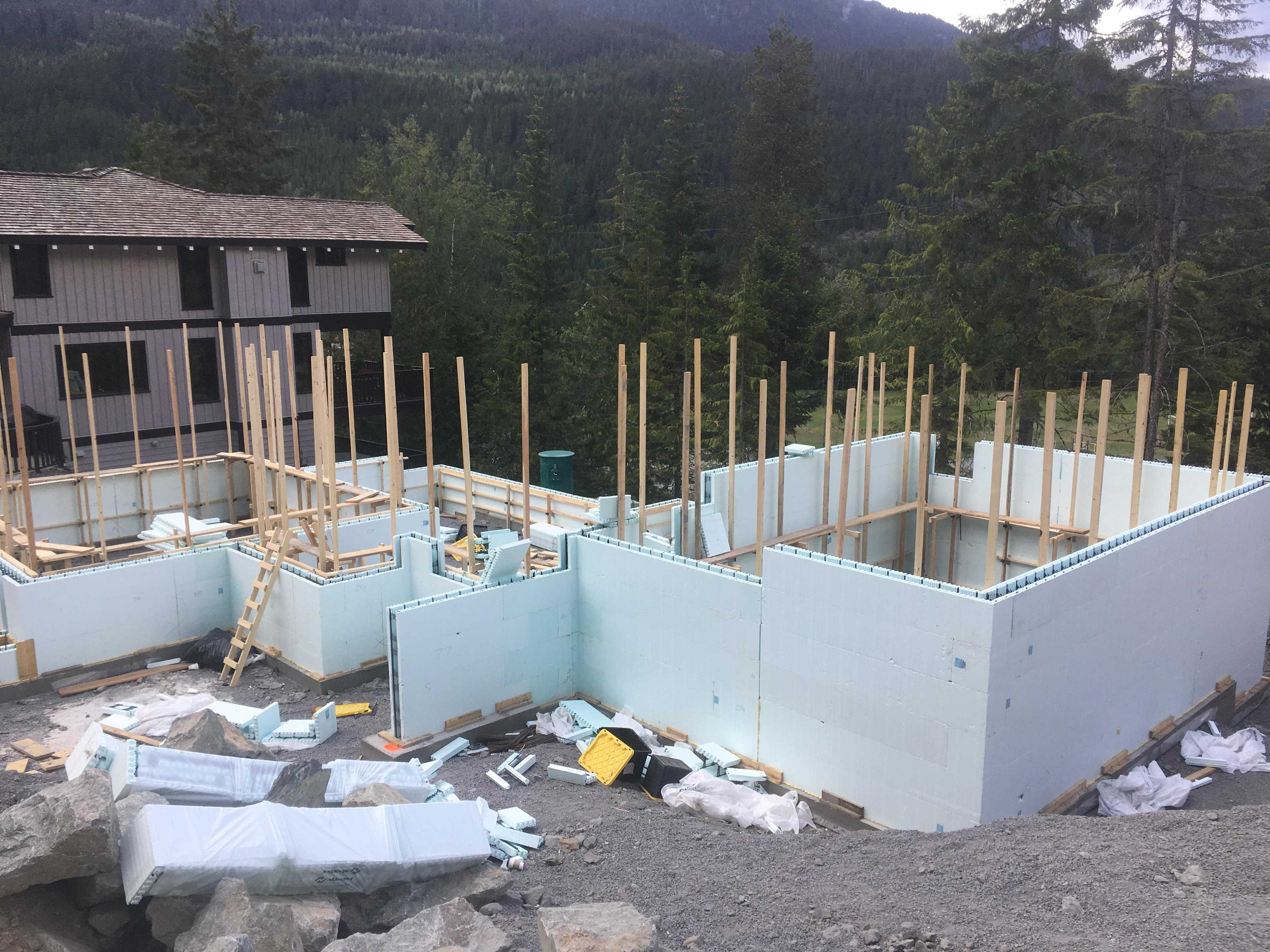 Pound 4 Pound, Framing and Forming. Large wall foundations
