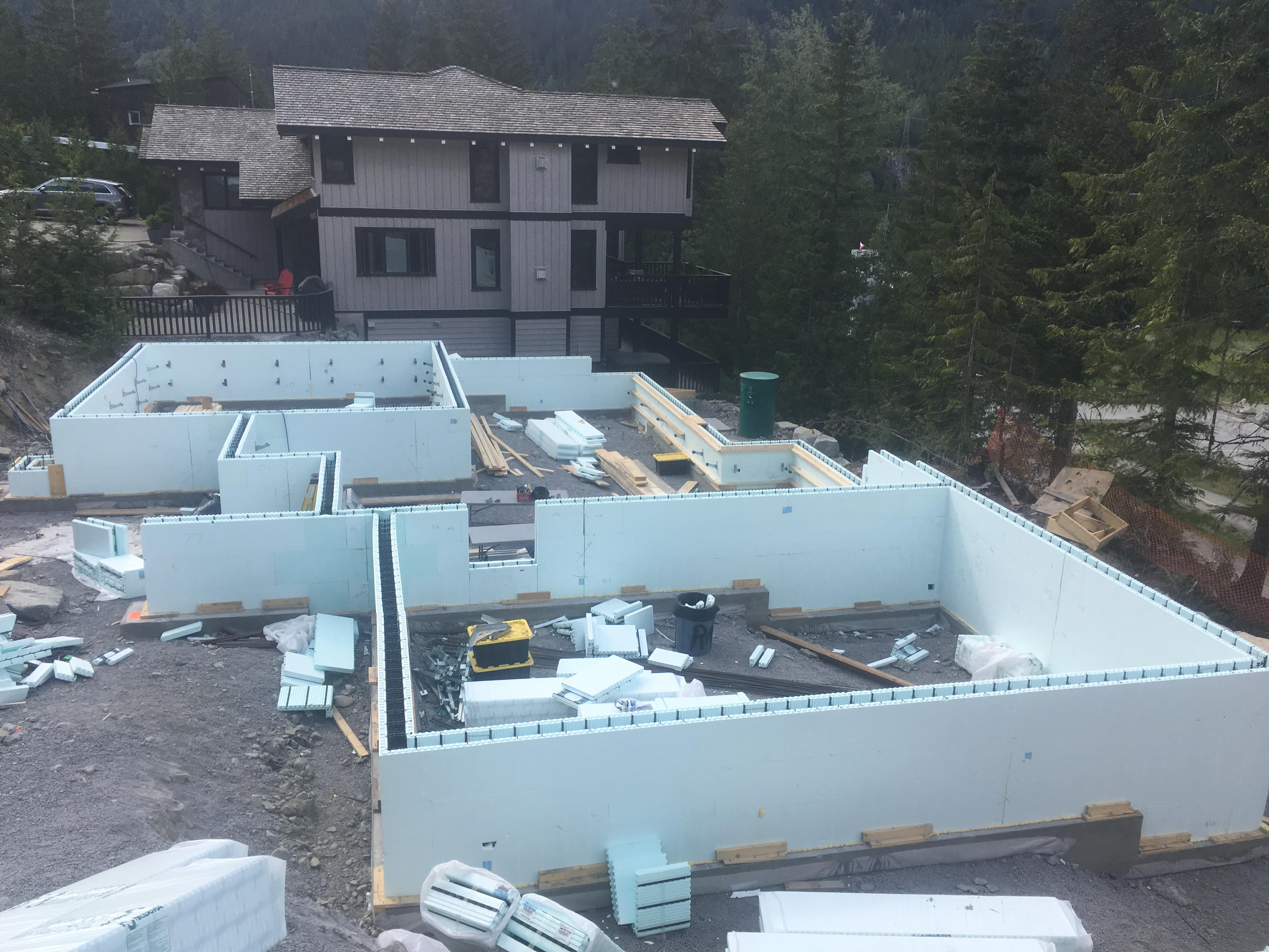 Pound 4 Pound, Framing and Forming. Wall forming Whistler