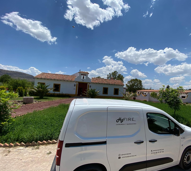Modernizamos las chimeneas de tu casa de campo! #diseñamosconfuego