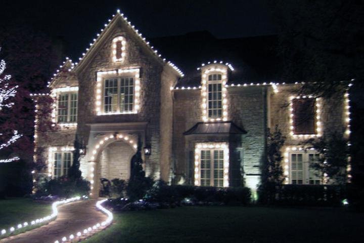 Christmas & Holiday light installation in Frisco, Allen, McKinney, Plano, TX