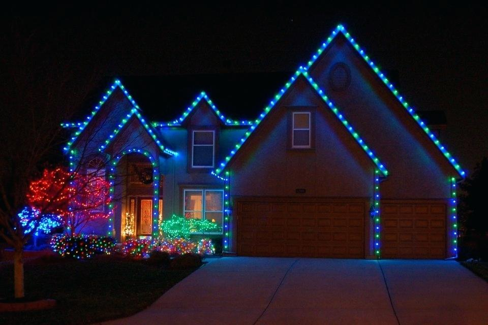 Professional Christmas Light Installation in Dallas, Fort Worth, Frisco, Plano, Allen, Carrollton, Richardson, Lewisville, Prosper, Little Elm Texas