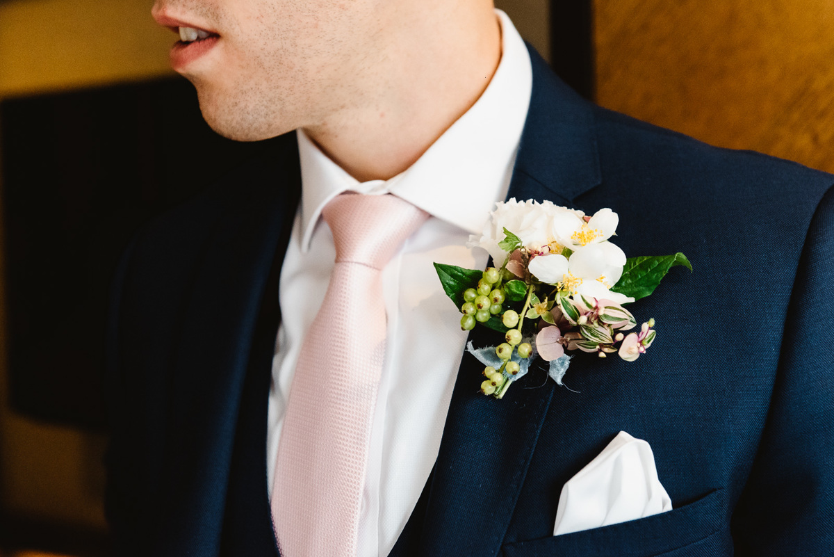 Groom and his buttonholes