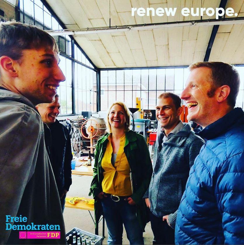 Jan Cristoph Oetjen Meeting with asylum seekers