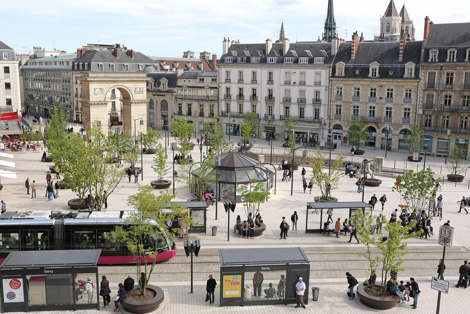 Visitez Dijon en toute quiétude en voyageant en taxi