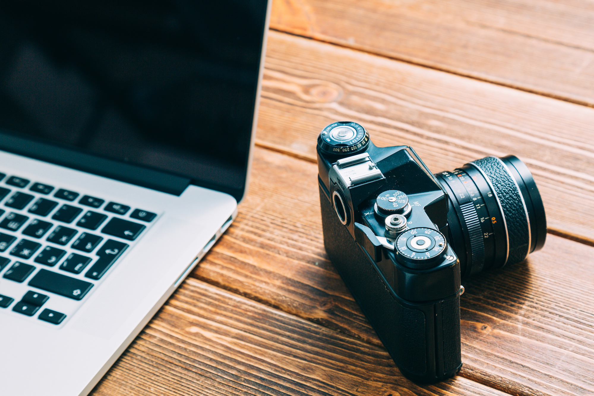 One of the most used features of CloudSpot is the photographer's Storefront. With the ability to set custom prices on products, keep 100% of profits (with no hidden feeds), and choose what to sell, photographers are setting up their Storefronts now more than ever. In 2021, our photographers will have sold more than $350,000 in commission-free store orders! Wow!
