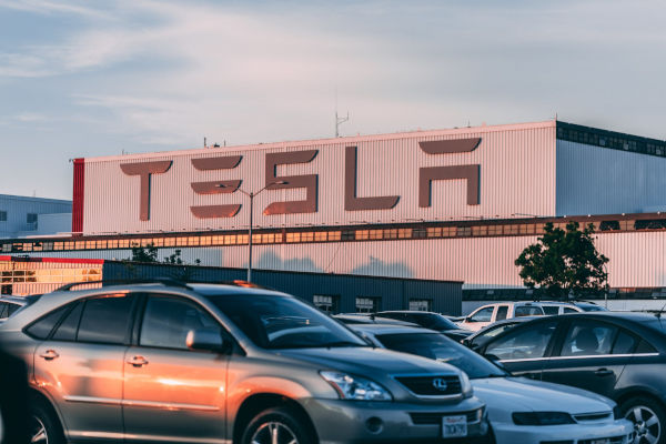 A view of Tesla factory from the parking lot.