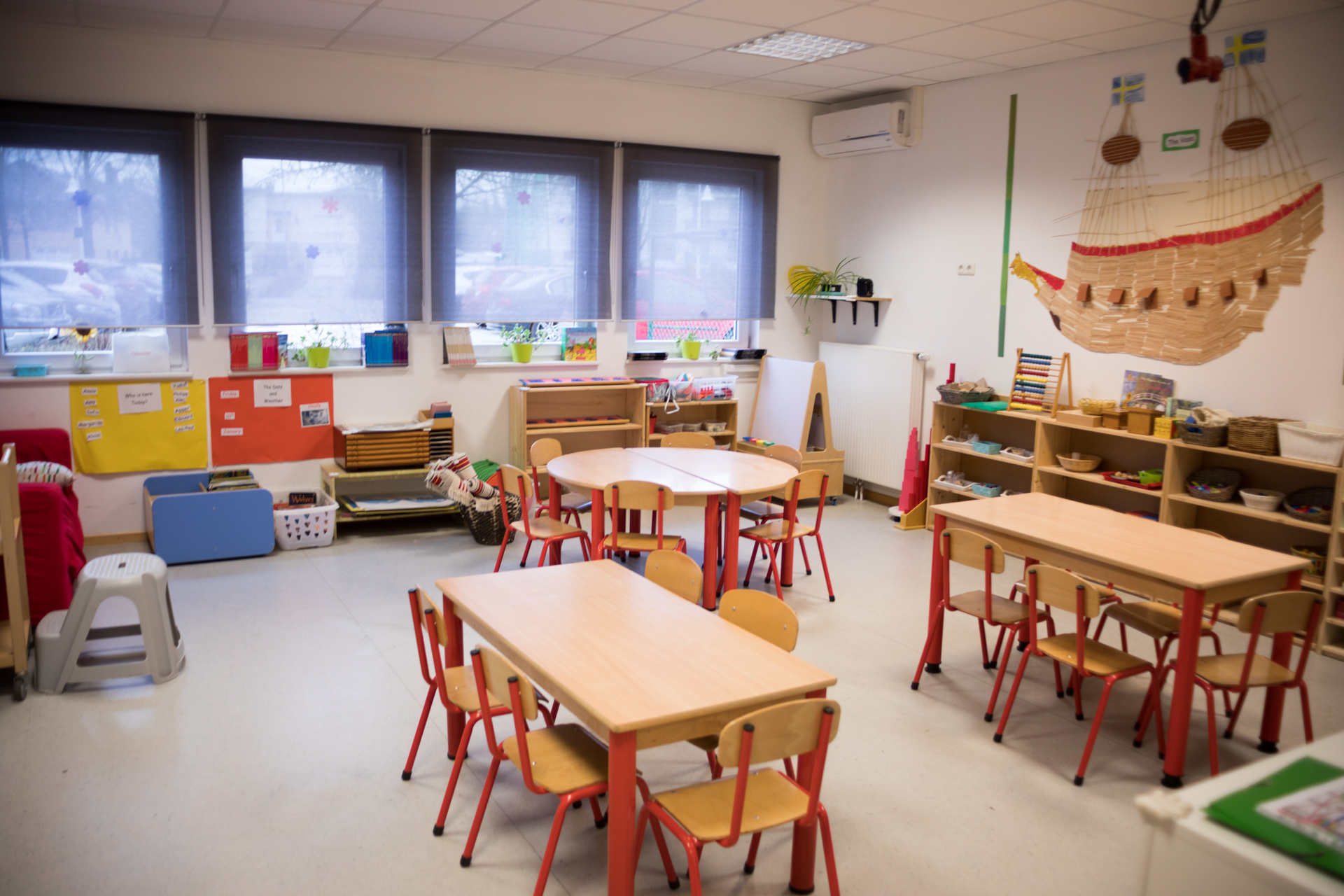 sunflower montessori crèche Luxembourg orchids room classroom
