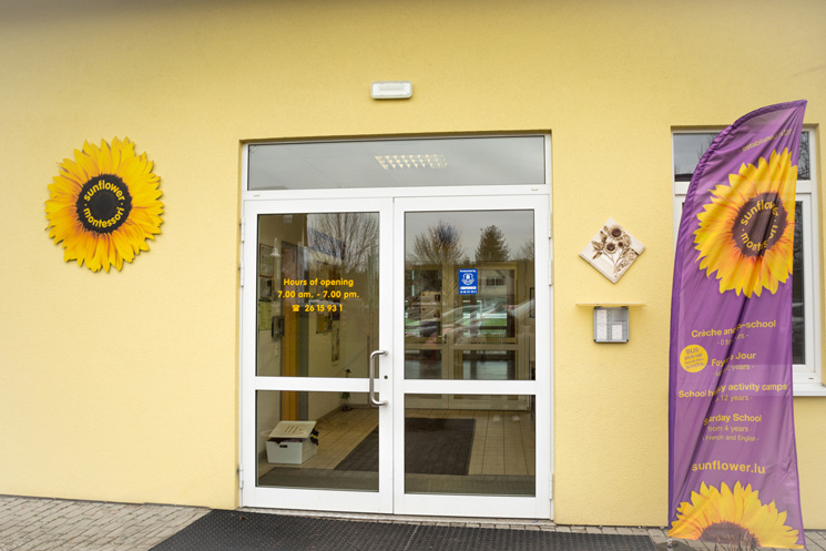 sunflower montessori crèche Luxembourg Moutfort entrance