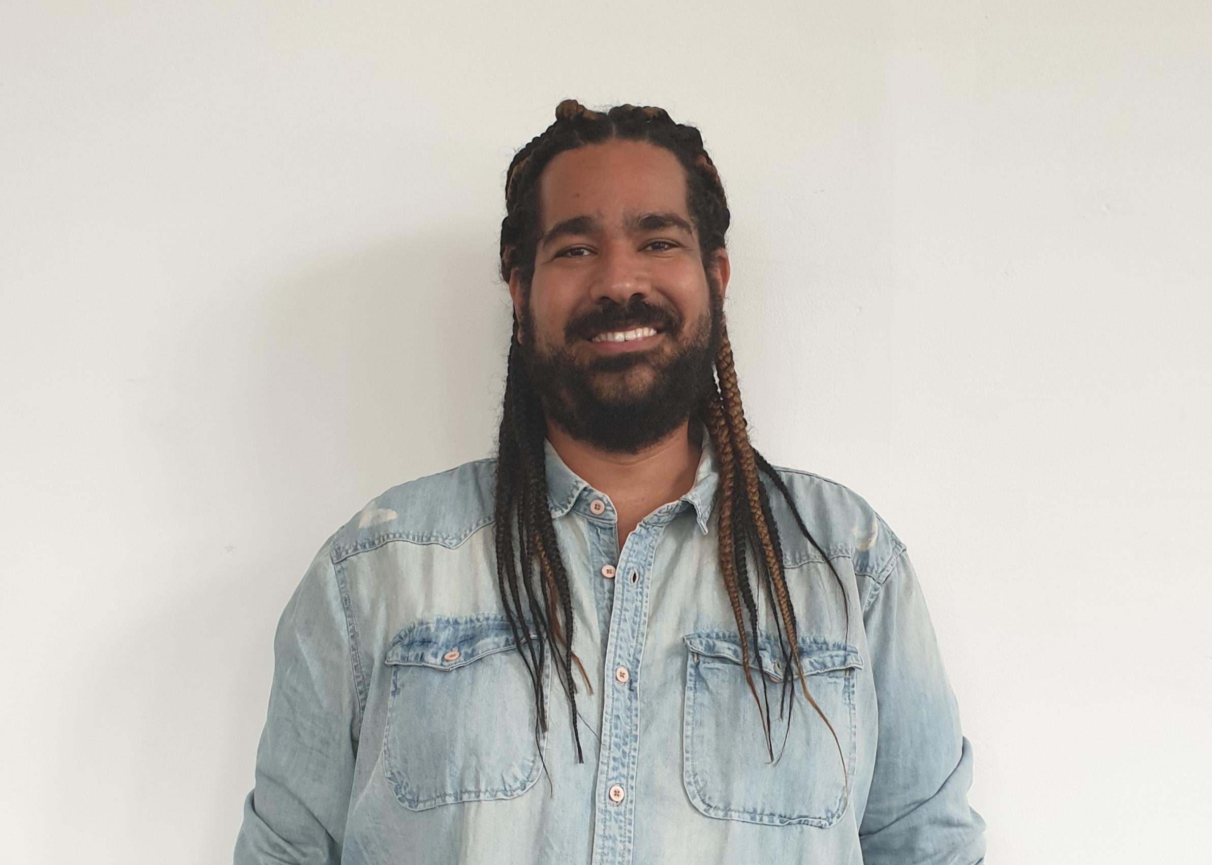 Dr Almiro Andrade