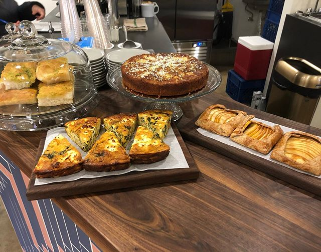 Hey GF Eaters! Did you know we bake for Sophomore Coffee every Saturday and Sunday? Our best GF Focaccia, Frittata, Cakes, Cookies and sometimes the Apple Galettes shown here. #eatgfree #Socle #pastries #gfbaking @sophomorecoffee