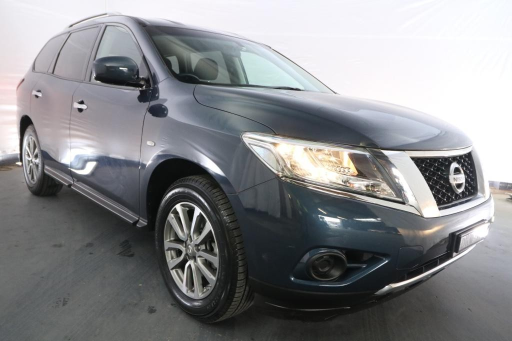 2016 Nissan Pathfinder ST R52 MY15 UPGRADE / Automatic (CVT) / Wagon / 3.5L / 6 Cylinder / Petrol / 4x4 / 4 door / Model Year '15 July release UZD16G