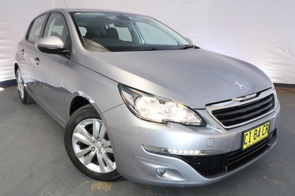 2016 Peugeot 308 ACTIVE T9 / 6 Speed Automatic / Hatchback / 1.2L / 3 Cylinder TURBO / Petrol / 4x2 / 5 door / October release S0416A