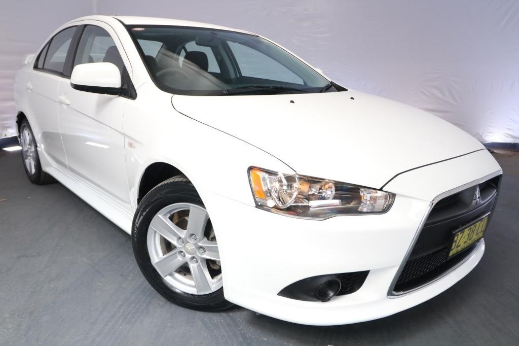 2014 Mitsubishi Lancer ES CJ MY14 / 6 Speed CVT Auto Sequential / Sedan / 2.0L / 4 Cylinder / Petrol / 4x2 / 4 door / Model Year '14 May release P9N14A