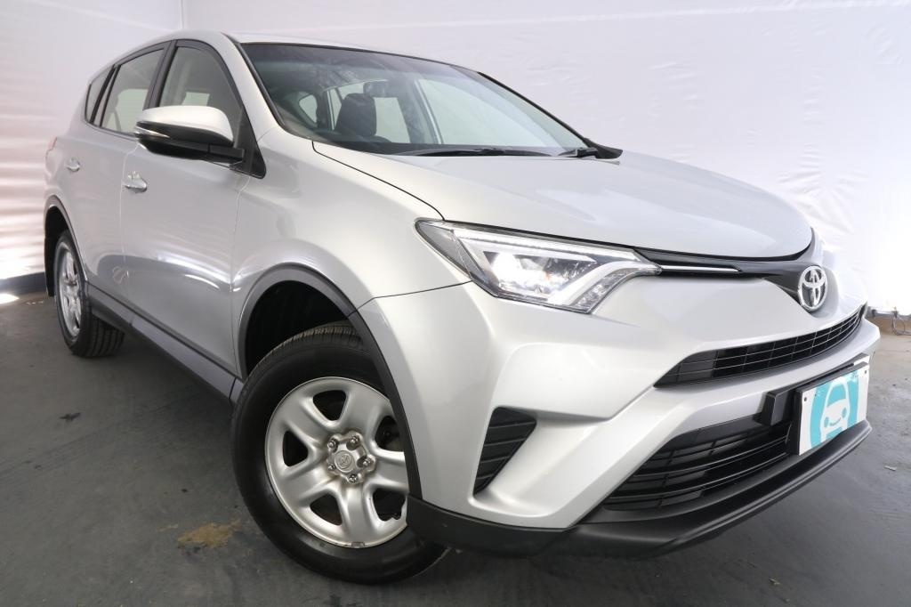 2016 Toyota RAV4 GX ASA44R MY16 / 6 Speed Automatic / Wagon / 2.5L / 4 Cylinder / Petrol / 4x4 / 4 door / Model Year '16 December release U1X16A