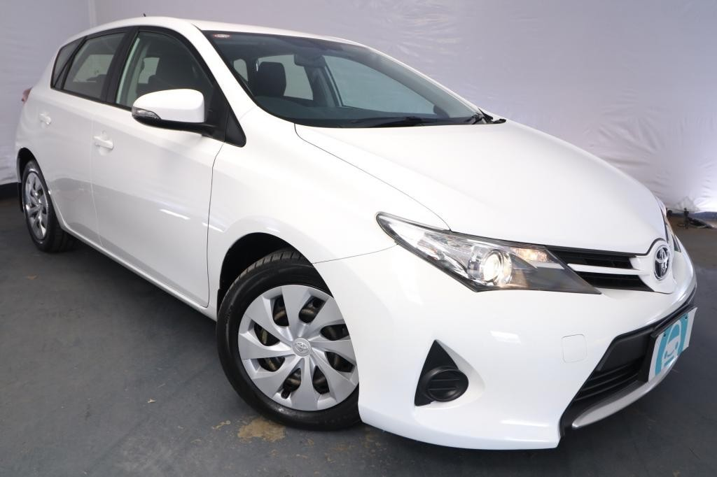 2013 Toyota Corolla ASCENT ZRE182R / 7 Speed CVT Auto Sequential / Hatchback / 1.8L / 4 Cylinder / Petrol / 4x2 / 5 door / October release OH813A