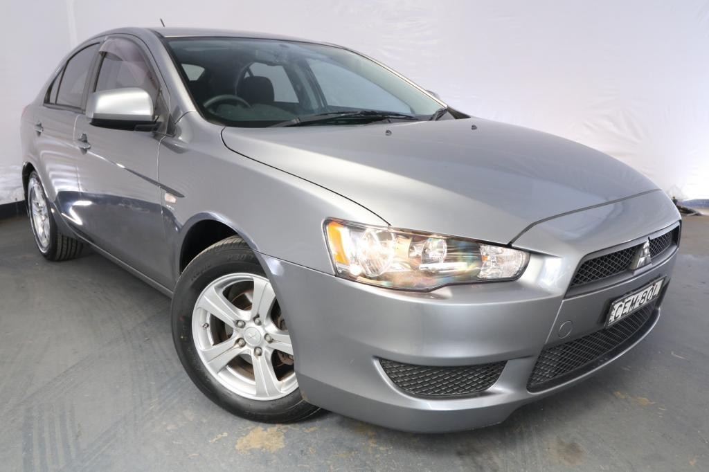 2012 Mitsubishi Lancer ES SPORTBACK CJ MY12 / 5 Speed Manual / Hatchback / 2.0L / 4 Cylinder / Petrol / 4x2 / 5 door / Model Year '12 November release MZ512A