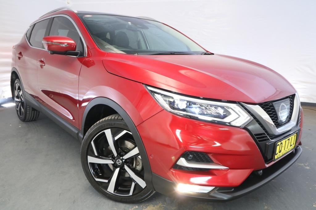 2018 Nissan QASHQAI ST J11 MY18 / Automatic (CVT) / Wagon / 2.0L / 4 Cylinder / Petrol / 4x2 / 4 door / Model Year '18 December release 01JQ18