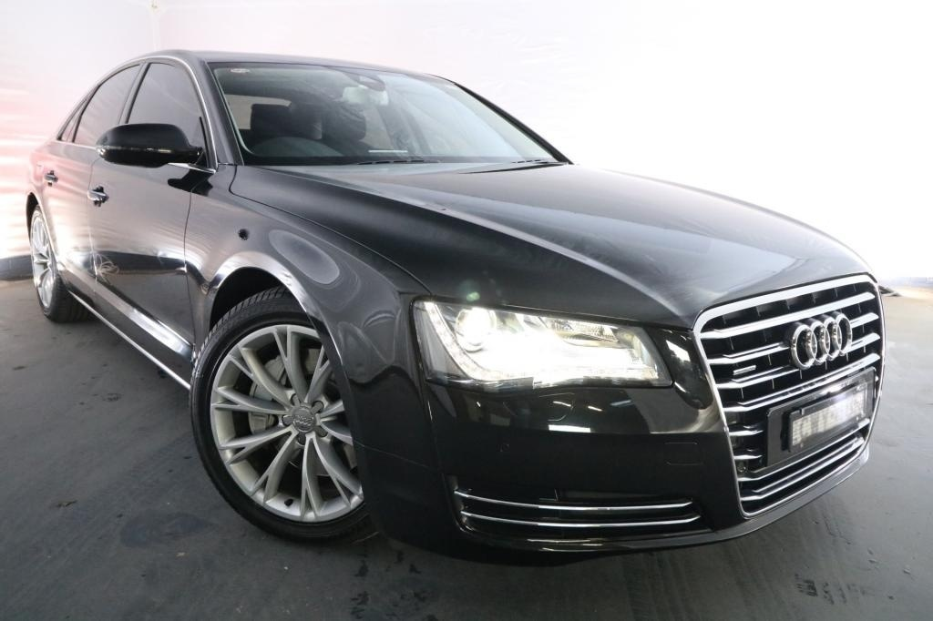 2011 Audi A8 3.0 TDI QUATTRO 4H MY12 / 8 Speed Automatic Tiptronic / Sedan / 3.0L / 6 Cylinder TURBO / Diesel / 4x4 / 4 door / Model Year '12 October release MYF11J