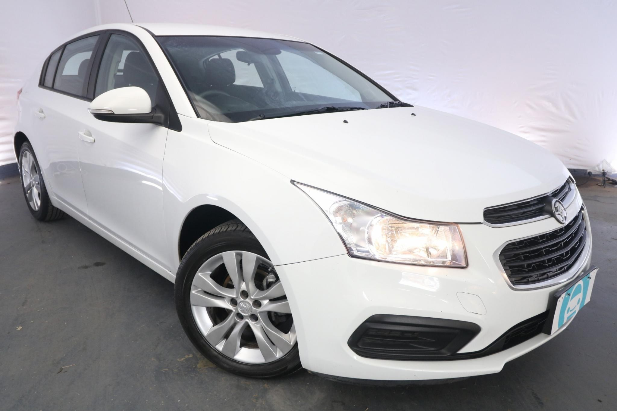 2015 Holden Cruze EQUIPE JH MY15 / 6 Speed Automatic / Hatchback / 1.8L / 4 Cylinder / Petrol / 4x2 / 5 door / Model Year '15 February release SIF15B